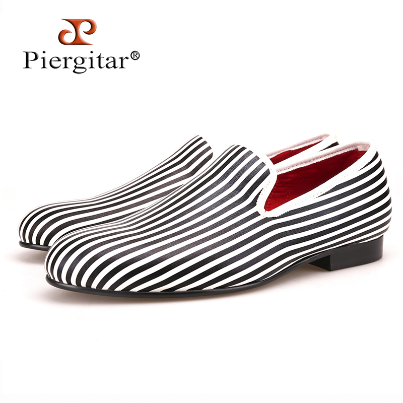 Piergitar new style Black and white Striped printing men loafers wedding and party men's smoking slippers plus size men flats men star and striped print tee
