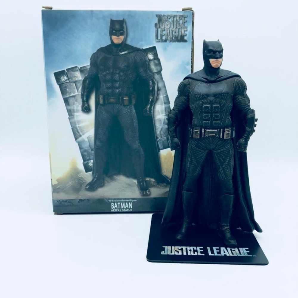 سوبرمان باتمان الشكل 1/8 مقياس رسمت الشكل العدل والجامعة سوبرمان PVC باتمان عمل أرقام لعبة دمية Brinquedos