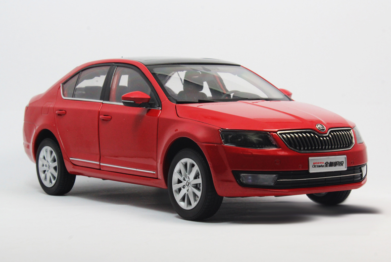 1:18 Diecast Model for Skoda Octavia 2014 Red Liftback Alloy Toy Car Miniature Collection Gifts car usb sd aux adapter digital music changer mp3 converter for skoda octavia 2007 2011 fits select oem radios