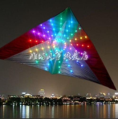 Meilleur Cadeau D'anniversaire Livraison Gratuite-cerf-volant, 3 m² LED cerf-volant avec 192 pièces de lumières, attrayant dans la nuit kitesurf idée fly fish h