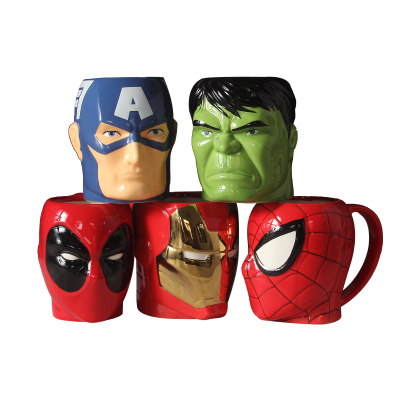 New Hot Cartoon Mug 4D Spiderman Captain America Iron Man Green Giant Ceramic Cup mug to send boyfriend gift