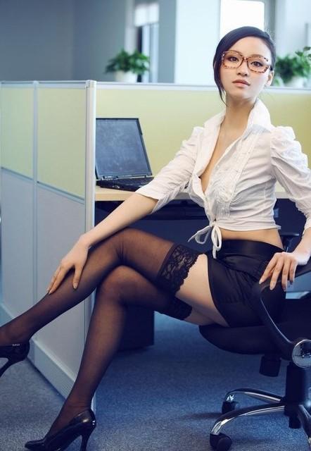 2015 moda para mujer atractiva gruesa tapa del cordón opacos del muslo medias alto 15 colores para navidad