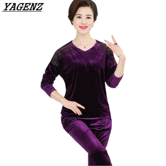 YAGENZ Middle-aged Women Sporting suit Autumn Loose V-Neck Gold velvet 2-piece set+trousers Sportswear Casual Clothing Sets 5XL