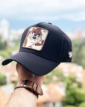 High Quality  Animal TAZ Embroidery 6 Colours Snapback PICCOLO Cotton Baseball Cap Men Women Hip Hop Dad Mesh Hat Trucker
