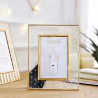 Creative Metal Framed Light Extravagant 6 Inch 7 Inch Photo Frame Picture Frame Pendulum Display Decoration
