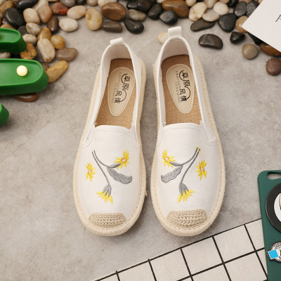 Breathable Summer Women Flats Fashion Basic Fisherman Hollow Canvas shoes Lace White Classic Slip On Casual Shoes Women VT230 (25)
