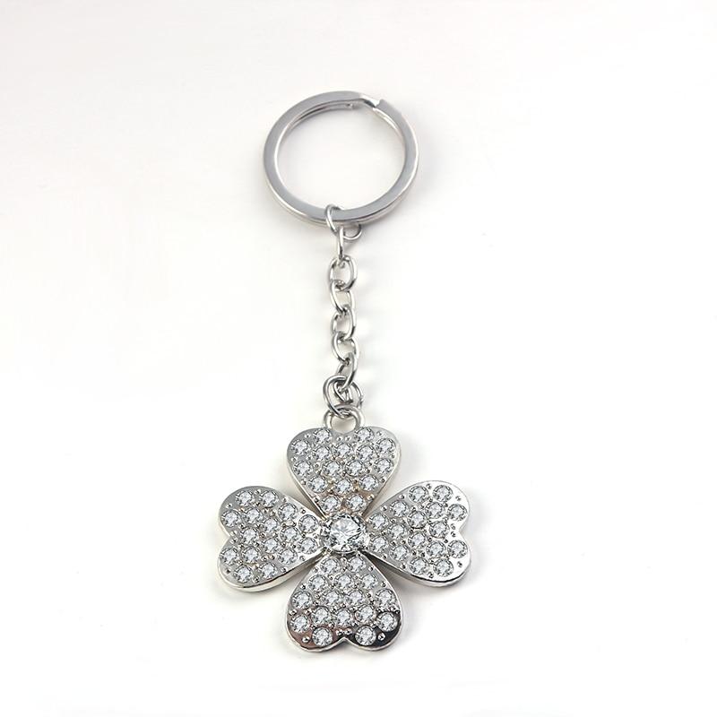 SUKI Creative Shining Lucky Four Leaf Clover Charm Keychain Car Crystal Key Chain Key Ring Women Bag Pendant Jewelry Accessories