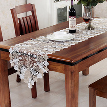 New Hollowed Embroidered Lace Table Runner European Style Floral Cloth American Tv Cabinet Decorative Coffee