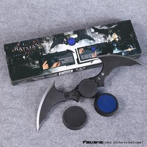 Нека DC Comics Batman Arkham Knight Batarang, экшн-фигурка с подсветкой, Коллекционная модель игрушки