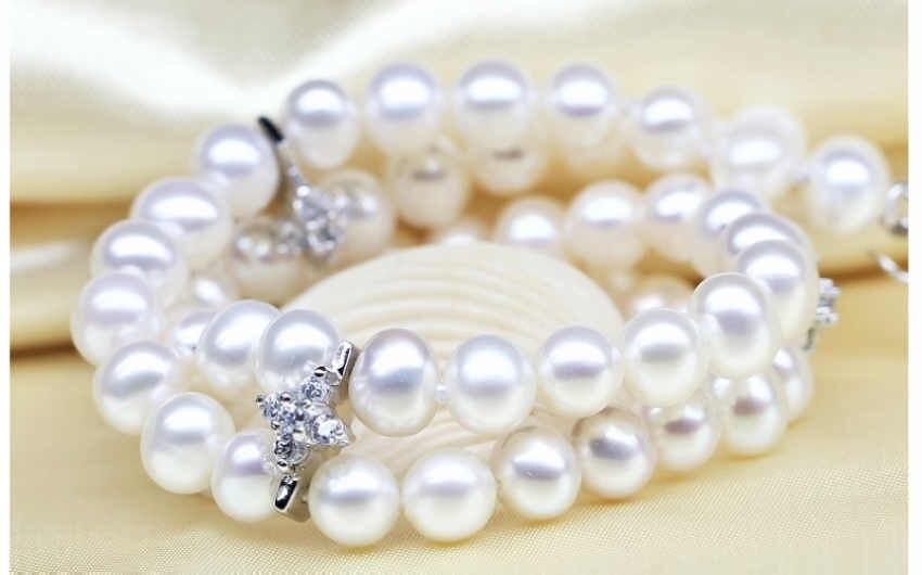 1001 white akoya round pearl bracelets