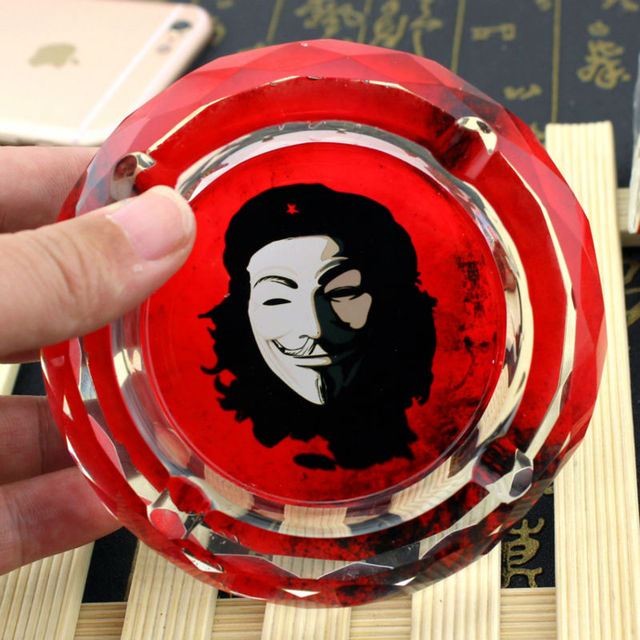 Souvenirs Collectibles Of Che Guevara  V for Vendetta Celebrity Creative Smoking Gift For Boyfriend Fan Husband Crystal Ashtray