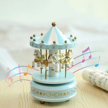 Wooden Carousel Music Box Christmas Toy Swivel Hand Cranked Horse Clockwork Wedding Birthday Gifts Home Decor