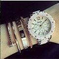 Confiable de Cuarzo Mujeres Del Reloj de Oro Ginebra Señoras Reloj Relogio Feminino Metal Ginebra Relojes de Las Mujeres 2015 Envío Gratis