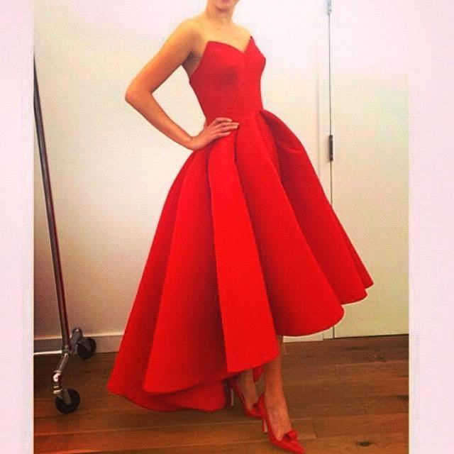 Custom made Fashion Party Prom Dresses 2015 Sweet 16 Dresses Short Red Homecoming Dresses High Low Short Front vestido de festa in Homecoming Dresses from Weddings Events