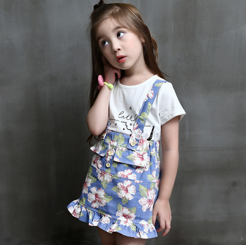Kids girls short sleeve suit new summer children's cotton casual T-shirt+ Floral skirt strap girls clothes Sets 2-9 years 2017 new style fashion mom and girls short sleeve letter t shirt dot black skirt set summer kids casual clothes parenting 17f222