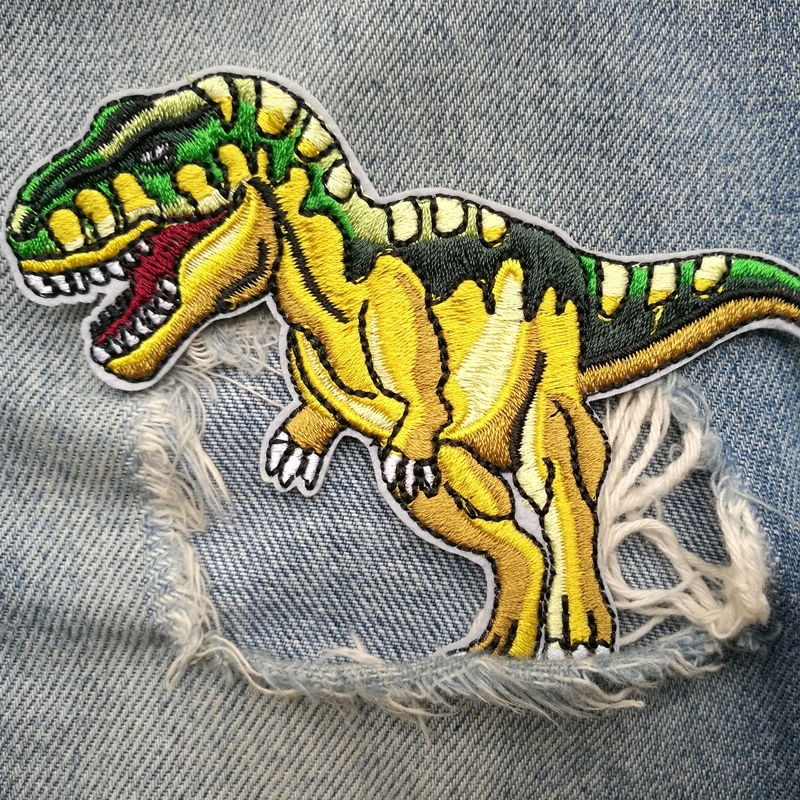 1 PIC 10.1*8.2CM Embroidered Cloth Embroidered Stamp DIY Dinosaur Badge Clothing Decorative Patch Cloth