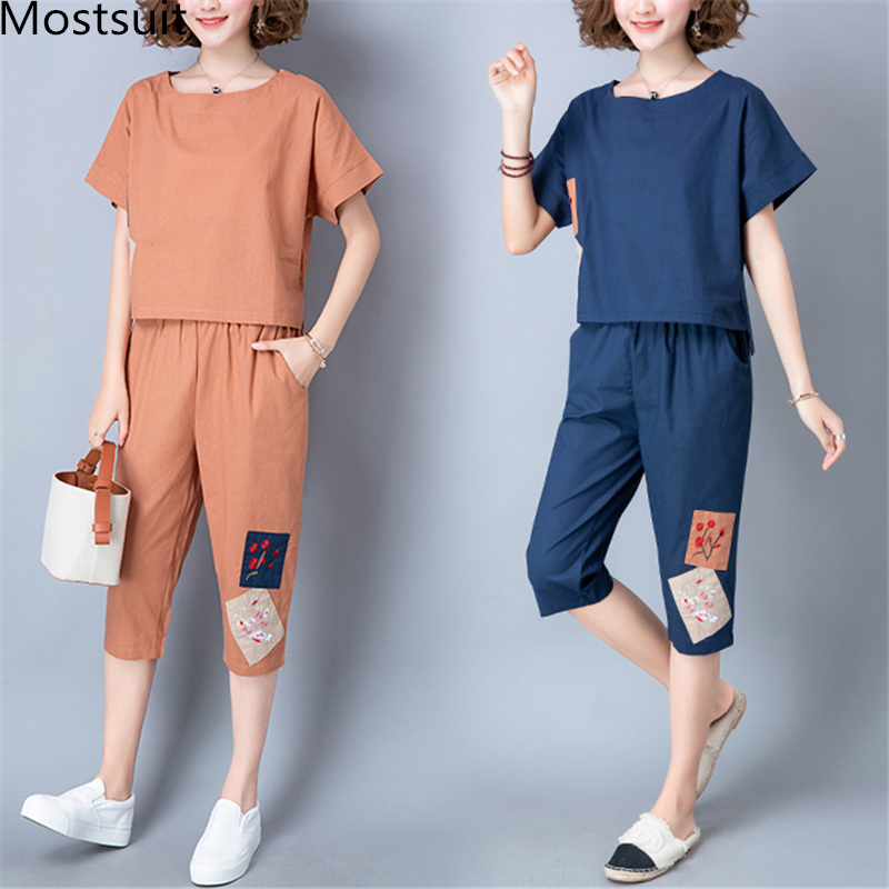 2019 Summer Cotton Linen Vintage Two Piece Sets Women Embroidery Patchwork Short Sleeve Tops And Cropped Pants Causal Suits 41