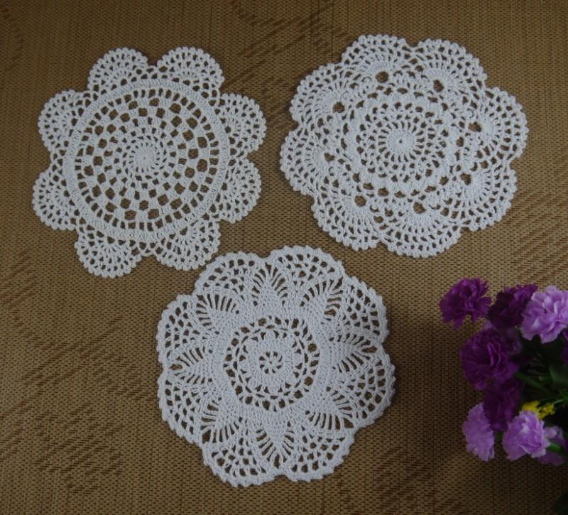 Free shipping 30pcs handmade crochet pattern doily 3 - Napperon crochet chemin de table ...