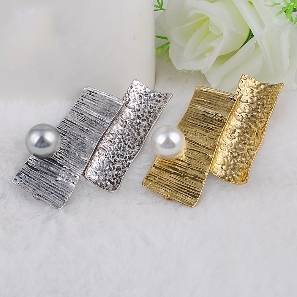 Brooches-00036 (15)