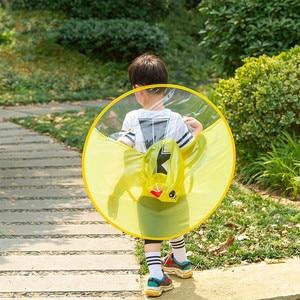 Image 3 - 귀여운 레인 코트 만화 오리 키즈 레인 코트 UFO 어린이 우산 모자 마법의 손 무료 탑스 소년과 소녀 Windproof Poncho Baby