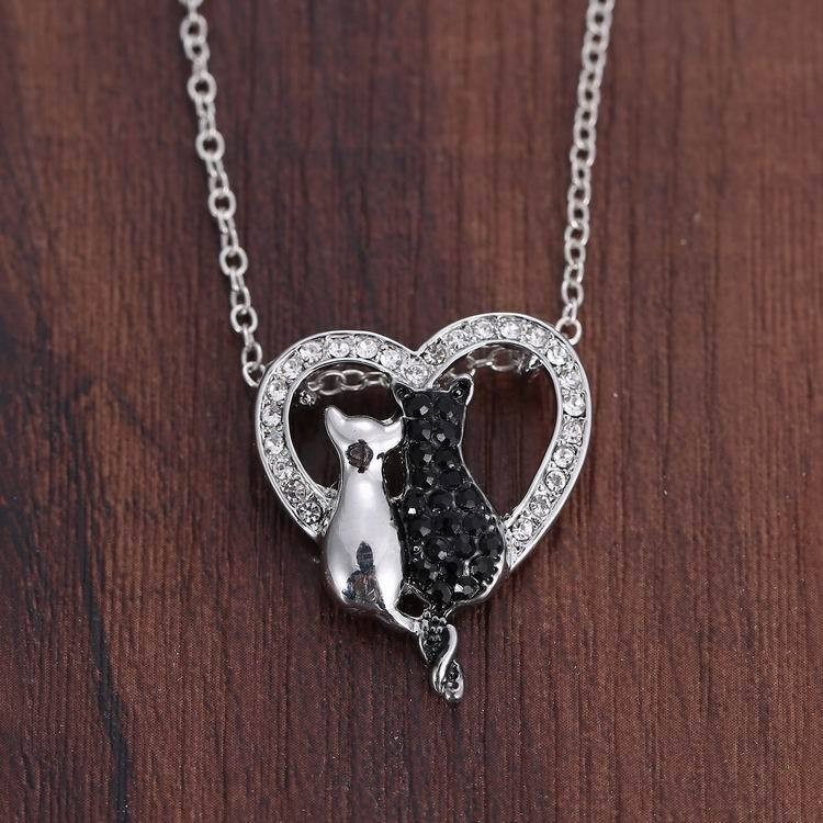 NEW LOVELY CAT PAW BLACK WHITE 2 CAT ON HEART CRYSTAL PENDANT NECKLACE-Cat Jewelry-Free Shipping NEW LOVELY CAT PAW BLACK WHITE 2 CAT ON HEART CRYSTAL PENDANT NECKLACE-Cat Jewelry-Free Shipping HTB1ouBzLFXXXXabXVXXq6xXFXXXi