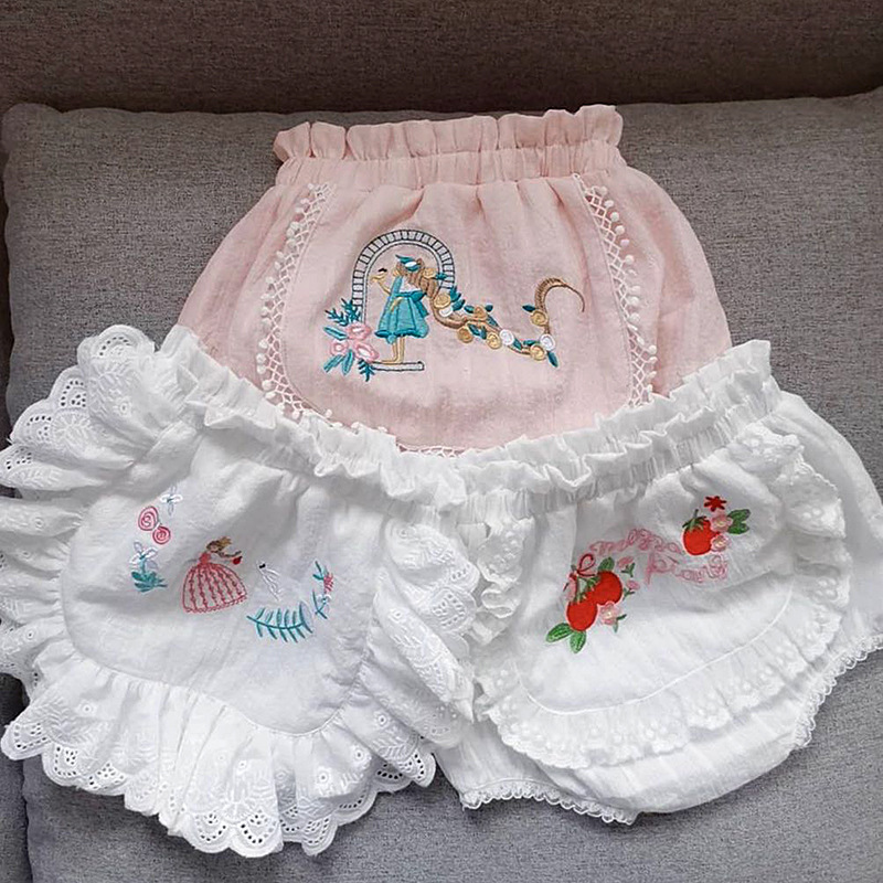 2019 summer new arrivals vitange rococo wind classical embroidery girl baby panties bread panty baby girl   shorts   cotton PP panty
