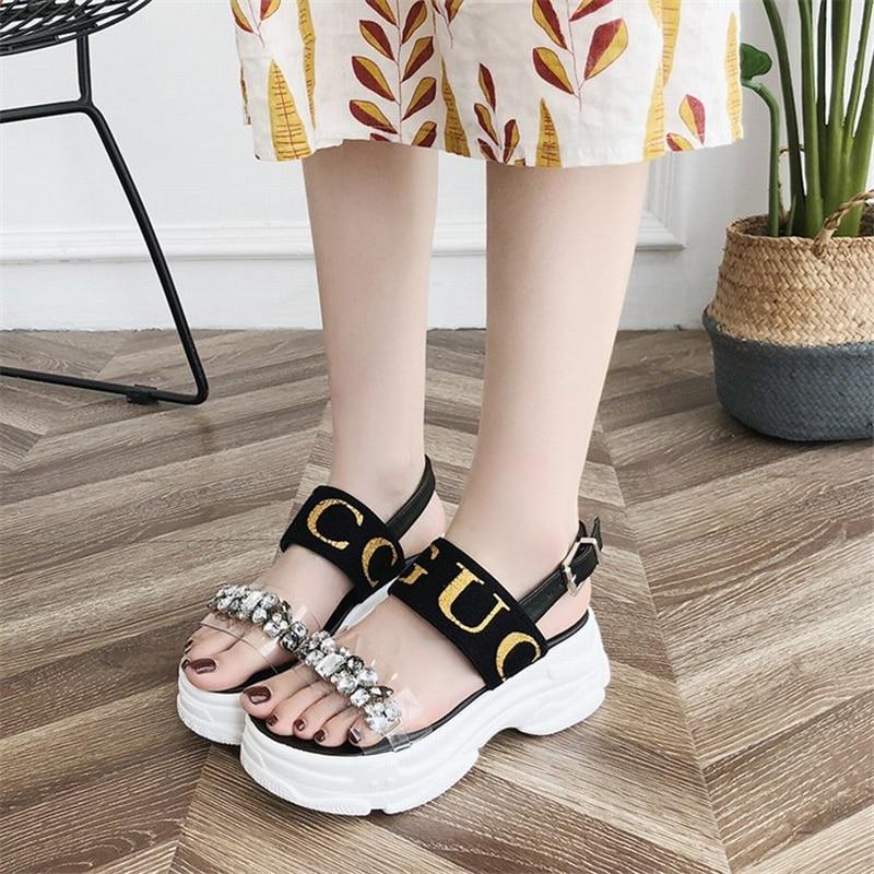 2019 nueva moda casual red sandalias romanas femeninas esponja pastel suave gruesa playa sandalias y zapatillas uso salvaje sandalias-in Sandalias de mujer from zapatos    3
