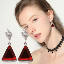 Korean Earrings 2019 Trendy Geometric Triangle Crystal Stud For Women Classic Rhinestone Wedding Party Jewelry Gift