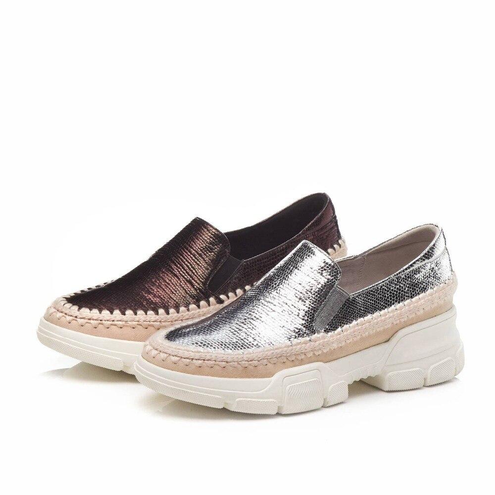 Del Fondo Mocasines Vulcanizados Dedo Olla Gun Resbalón Oveja Cuero Zapatos Decoración En Redondo Pie Plataforma De L27 plata Lujo Paja Krazing Color Xx8T0X
