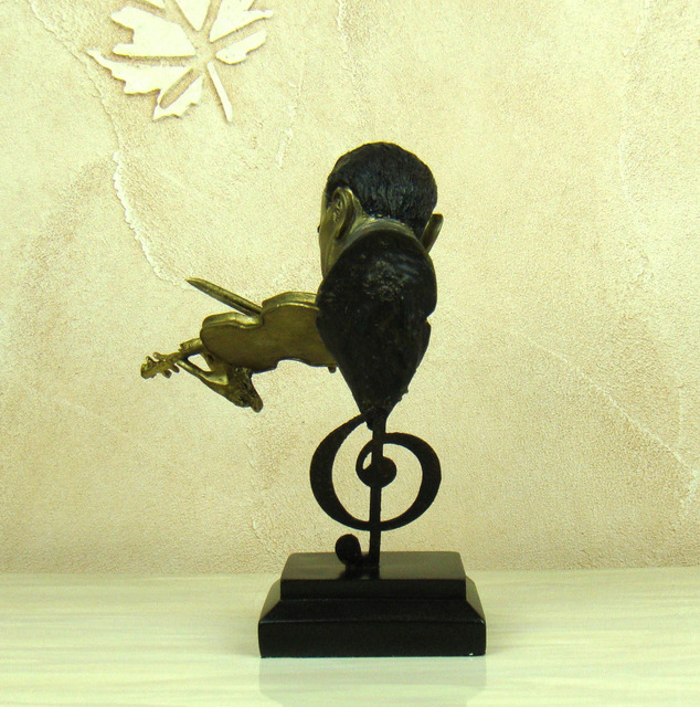 Abstract Violin Player Bust Musical Resin Statue 4