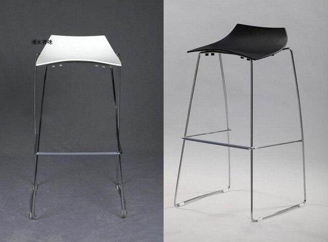 Moda metal & plastic bar sedia sedia in attesa nero bianco rosso