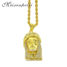Hot Europea American Jesus face pendant hip hop necklace accessories alloy hipster personality american cartoon emojis hold guns personality pendant set with zircon hip hop double color necklace accessories
