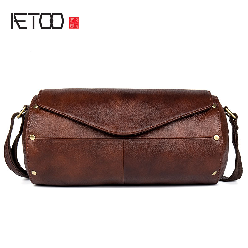 AETOO Casual wild leather Messenger bag first layer of leather buckets shoulder bag men and women models aetoo leather men bag wild european and american first layer of leather men s shoulder bag trend backpack