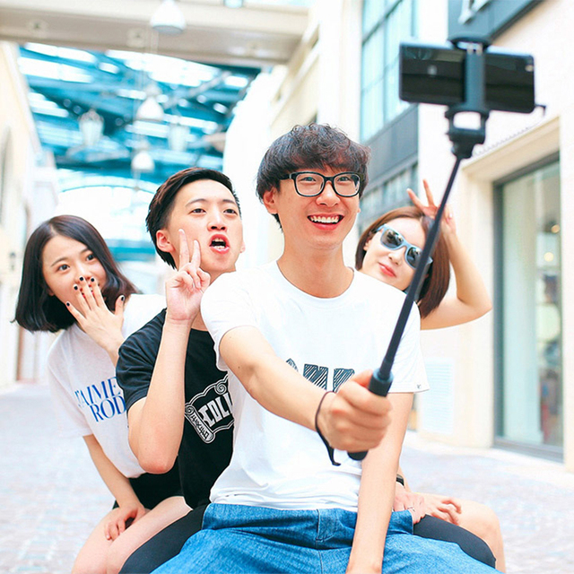 Original Xiaomi Selfie Stick Wired Monopod Shutter Holder Extendable Handheld Shutter for Xiaomi Redmi IOS Android Mobile Phone