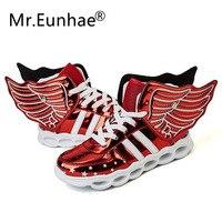 Mr.Eunhae Children's Glowing Sneakers Wings USB Toddler Boys Girls Charge LED Sneakers Jongens Light Shining Shoes Tenis De Led