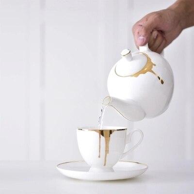 Tea coffee cup of tea cup and saucer Black Tea Fine Bone China
