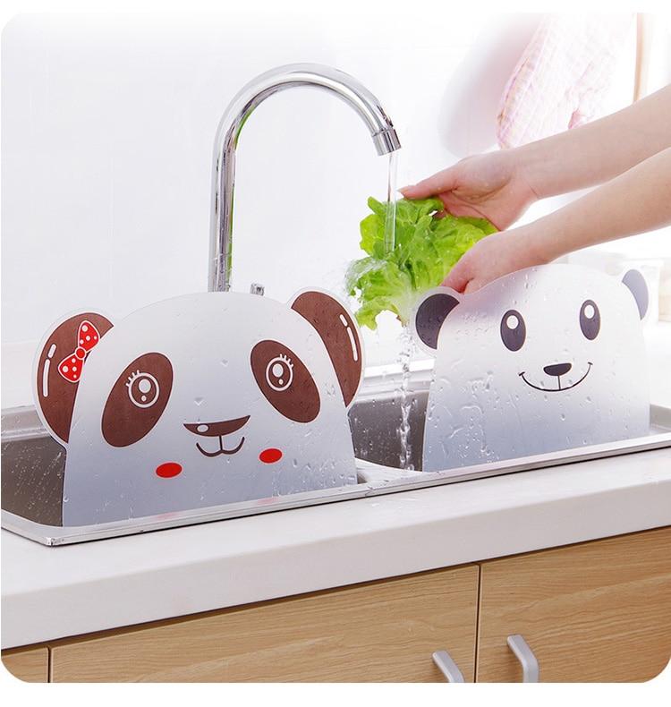 Cute Panda Shape Water Splash Guard