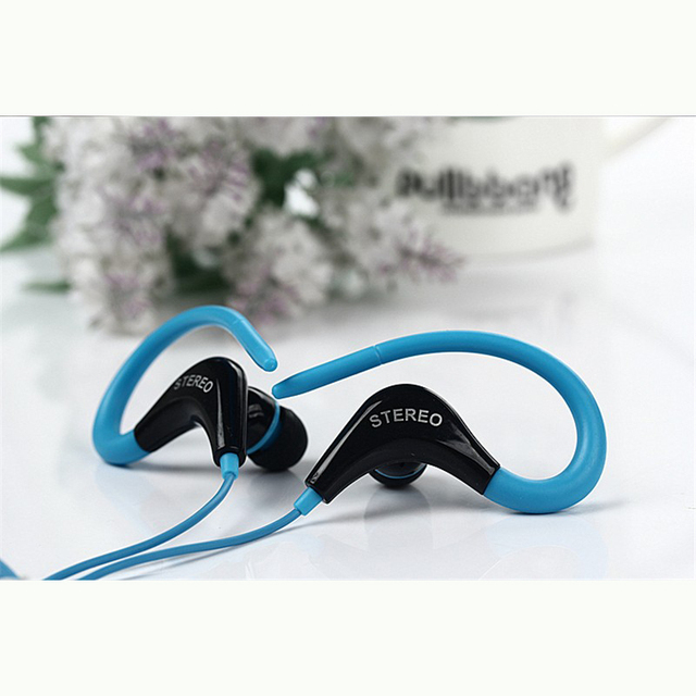 Earphones Noise Isolating Sport Earbuds with Mic Earhook Wired Stereo Workout Ear Buds for Gym for iPhone iPod Samsung