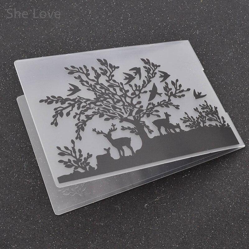 c00f6e999602 Elle Amour En Plastique Gaufrage Dossier pour Scrapbooking DIY Photo Album  Carte Hirondelle Cerf Modèle