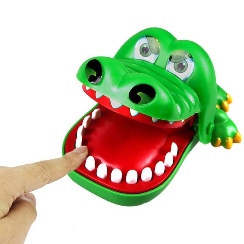 Practical Jokes Biting Crocodile Mouth Tooth Bite Hand Finger Alligator Bar Game Funny Gags Toy Gift For Kids,Children