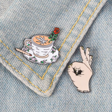 OK ! Circle Game Meme Hand Finger Hat Pin Horror Middle Finger Rose Coffee Cup Emoticon Lapel pins Badges Brooches(China)