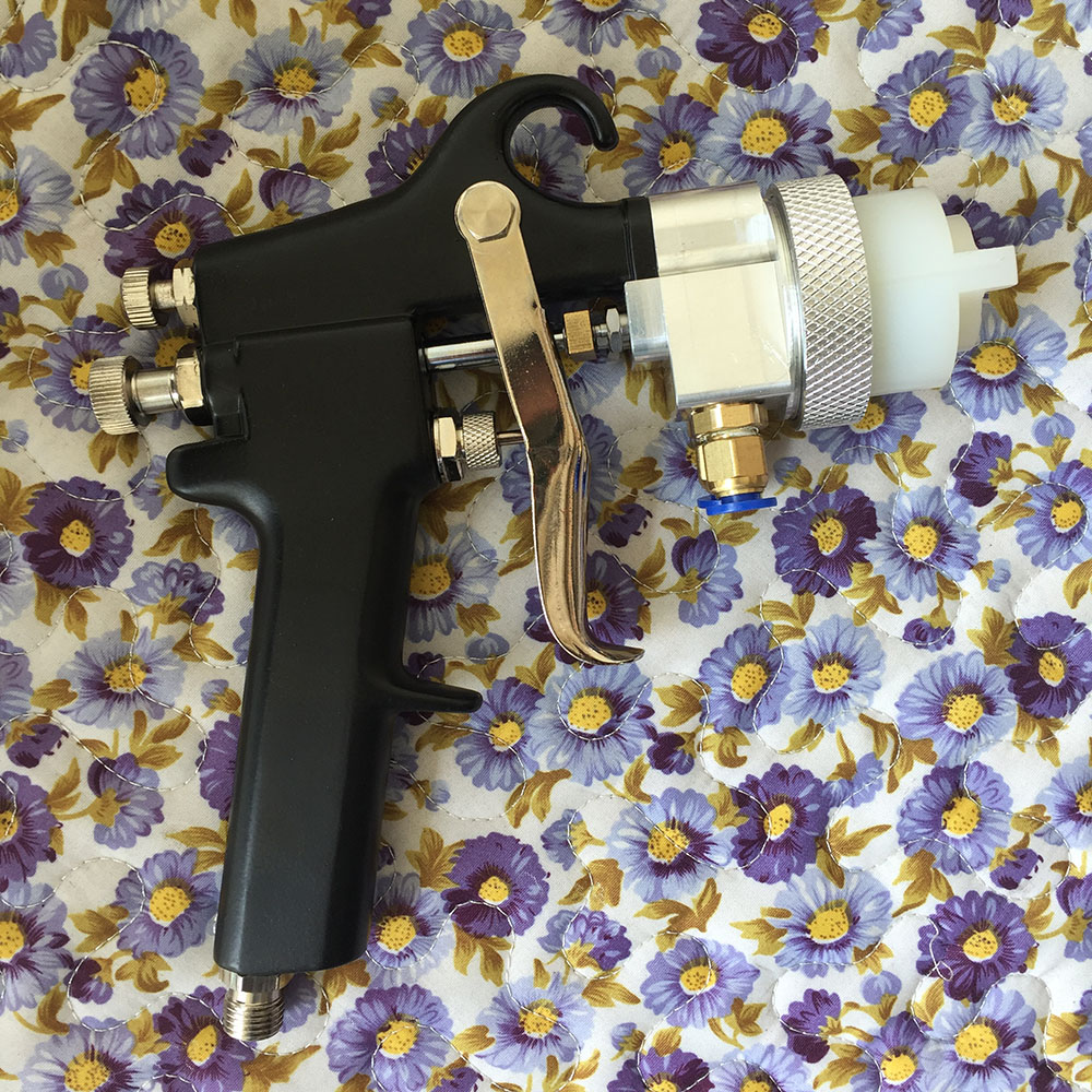 SAT1182 New High Quality 1.3mm Nozzle High Pressure Professional Spray Gun Air Spray Paint Guns For Car Repair Tool Painting Kit стоимость