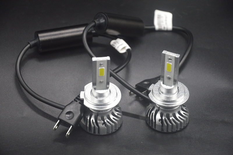 2x H1 H3 H4 H7 H11 LED COB Headlight 60W 6500K 12V 24V 6000LM Car Xenon White Head Light Lamp High Low Kit Bulbs in Car Headlight Bulbs LED from Automobiles Motorcycles