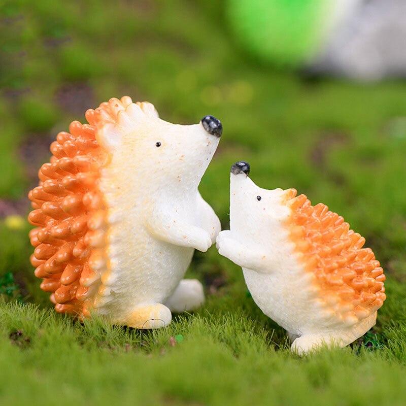 1 Piece Lovely Wild Mini Hedgehog Hedgepig Erizo Small Statue Little Figurine Crafts Animal Ornament Garden Miniatures