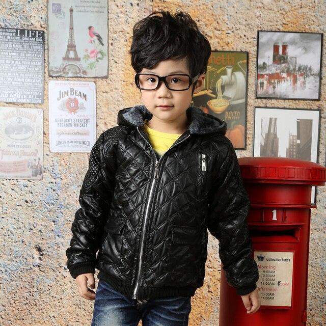 85e98837ad3 Criança roupas de inverno crianças com capuz outono e inverno outerwear PU  além de veludo jaqueta