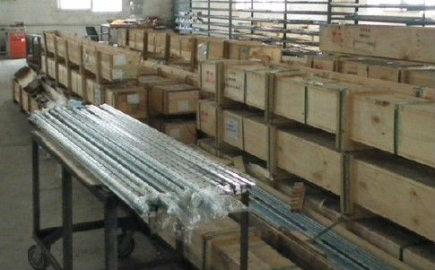 550mm  linear guide rail   HGR25  HIWIN  from  Taiwan hiwin linear guide rail hgr15 from taiwan to 1000mm
