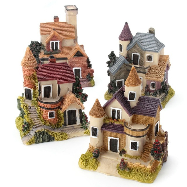 Vintage Mini Resin House Miniature House Fairy Garden Micro Landscape Home Garden Decoration Resin Crafts 4 styles Color Random 1