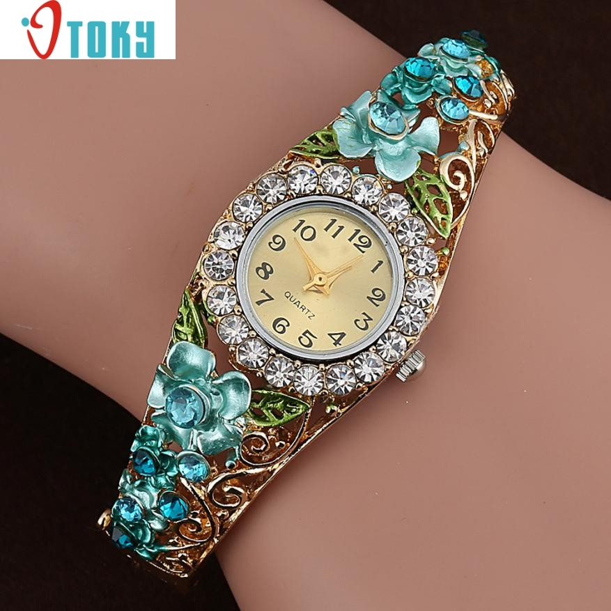 Hot hothot Sales Elegant Bangle Watch Women Crystal Flower S
