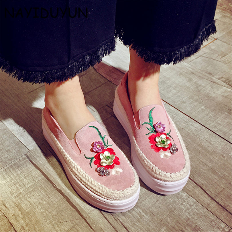 NAYIDUYUN Brand Spring Women Platform Shoes Woman Cow Suede Leather Flats Slip On Footwear Female Flat Oxfords Shoes For Women qmn women crystal embellished natural suede brogue shoes women square toe platform oxfords shoes woman genuine leather flats