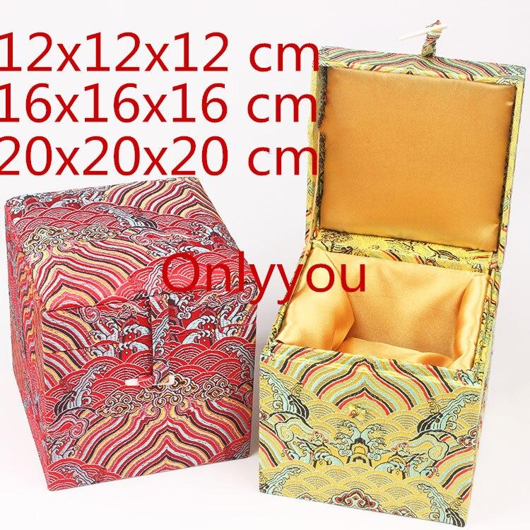 Luxe doux grand carré chine boîte en bois Cube stockage décoration boîte haut de gamme soie tissu cadeau boîte pour Collection artisanat pierre